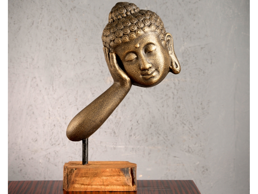 AGAMA Stützender Buddhakopf auf Teakholz Sockel - Antique Gold | FLAIR COLLECTION